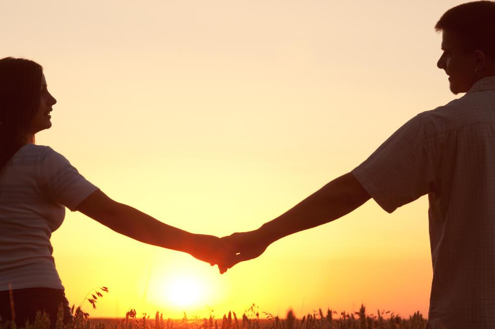 גם לכם מגיע יחסים של אחד למען השני