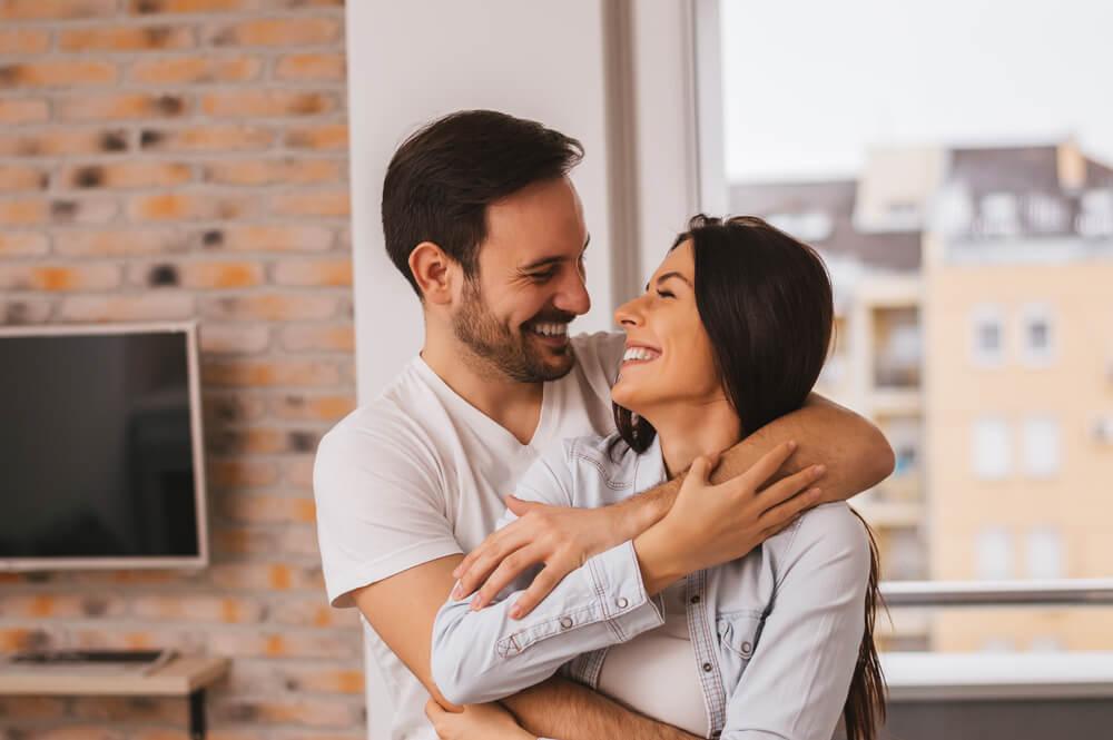 להיות מאושר ביחסים