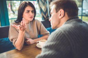 ללמוד להעיר בלי לפגוע בבן הזוג